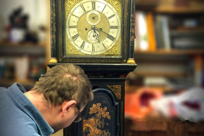 How to set up a Longcase (Grandfather) clock